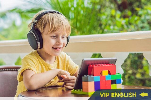 Khóa học tiếng Anh online cho học sinh cấp 1: Liệu có quá sớm?